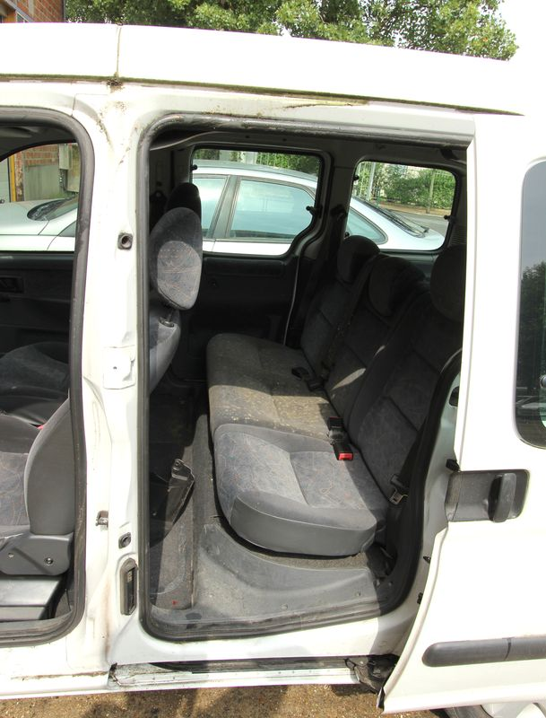 FOURGON CITROËN BERLINGO 5 PLACES 2002