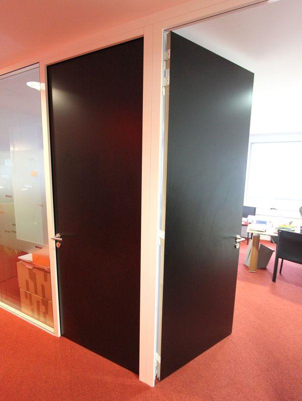 cloisons matfor environ 210 metres lineaires de cloisons monobloc apogee et parements metalliques b. Black Bedroom Furniture Sets. Home Design Ideas