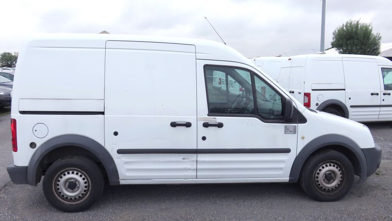 FOURGON FORD TRANSIT CONNECT TDCI 75-T220 TOLE 2011
