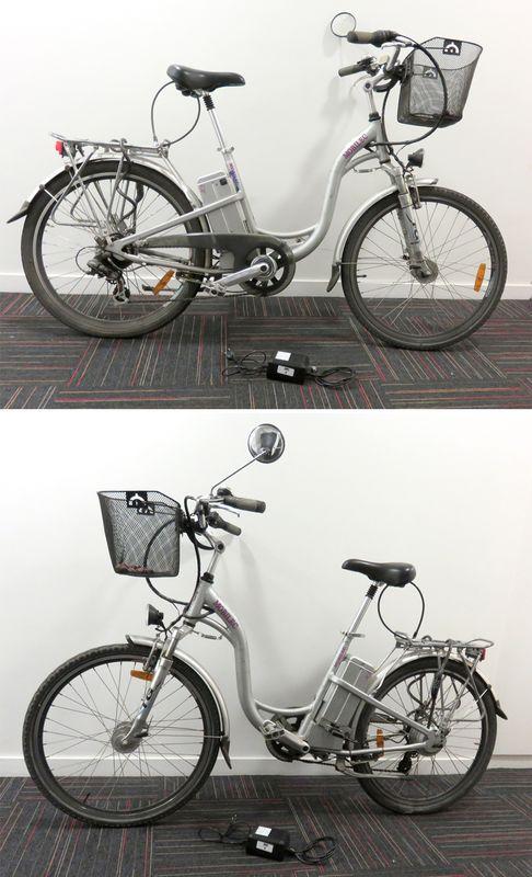 Velo electrique de marque mobilec de couleur grise modele - Porte bagage avant fourche suspendue ...