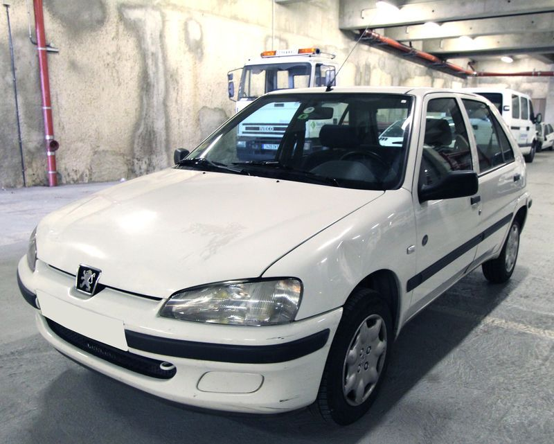 VOITURE PEUGEOT 106 OPEN 1.1I  2000
