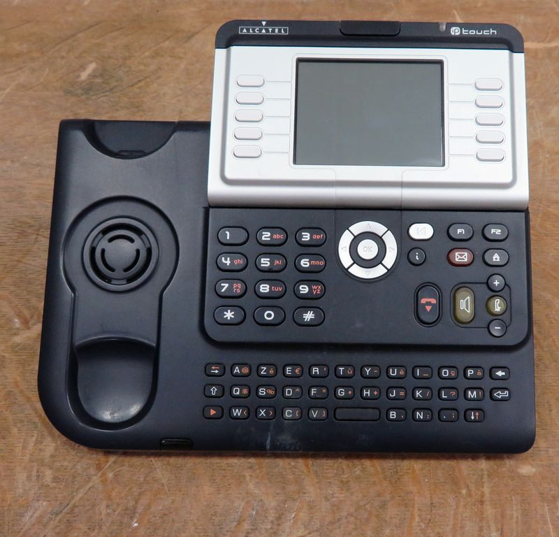 TELEPHONE IP DE MARQUE ALCATEL MODELE IP TOUCH SET INTERNATIONAL 1 URBAN GREY REFERENCE 4068. AVEC OU SANS EXTENSION. VENDU SANS COMBINE.