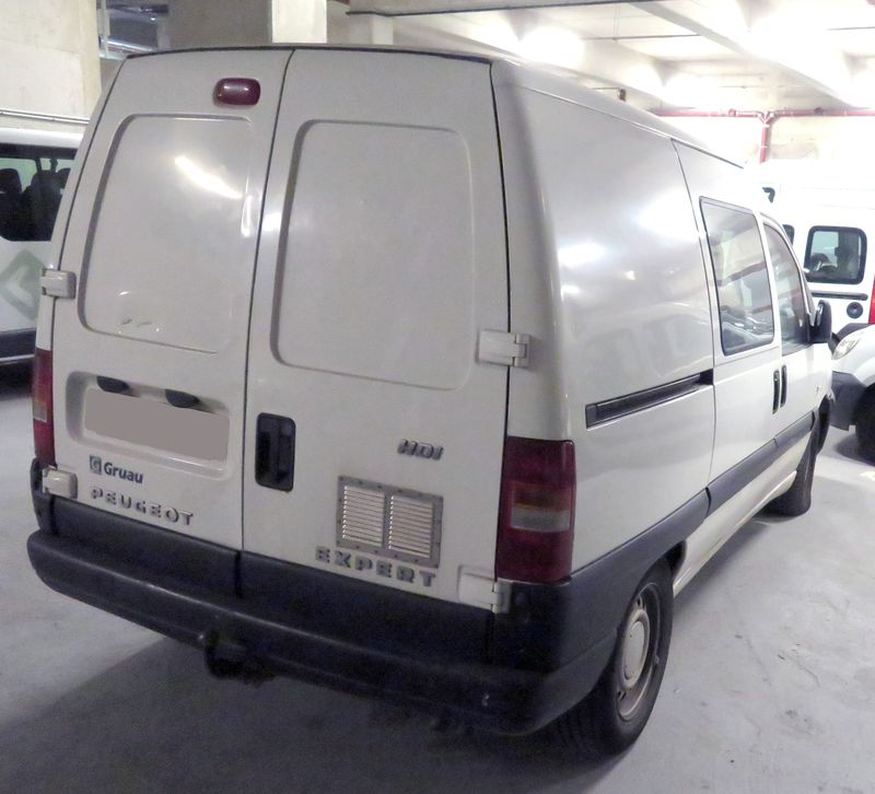 FOURGON PEUGEOT EXPERT 2.0 HDI 6 PLACES 2004