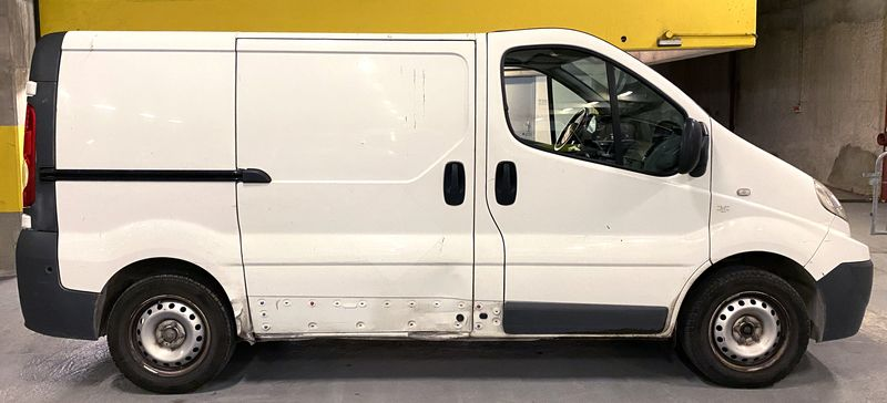 CAMIONNETTE RENAULT TRAFIC II PHASE 2 FOURGON 2.0 DCI INJECTION 2009