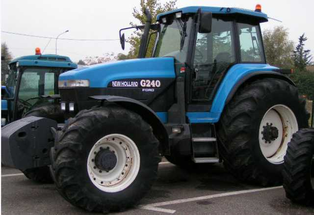 TRACTEUR AGRICOLE NEW HOLLAND FORD 8970 (G240). 240CV   1997